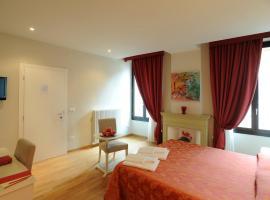Honey Rooms Ferrara, Ferara
