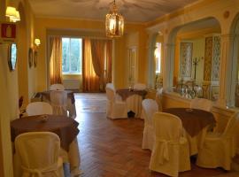 Hotel Tuder, Todi