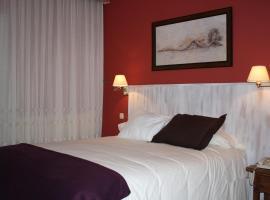 Hotel Cuatro Calzadas, Martinamor (Mozárbez yakınında)