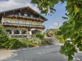 Schnaitl Braugasthof - Hotel Garni, Eggelsberg (Lehrsberg yakınında)