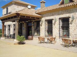 La Moragona Hotel con Encanto, Vara de Rey (Casas de Fernando Alonso yakınında)