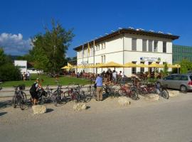 Lago Lodge, Biel (Worben yakınında)