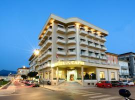 Hotel Capri & Residence