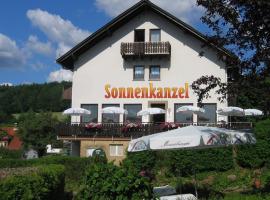 Café Pension Sonnenkanzel, Staatsbad Brückenau (Heubach yakınında)