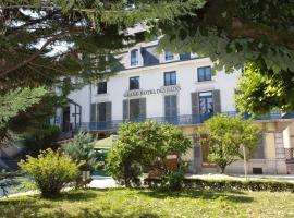 Logis Grand Hôtel Des Bains, Salins-les-Bains (рядом с городом Pretin)