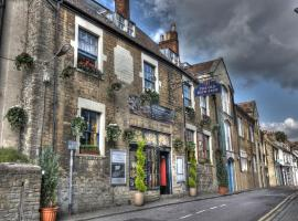 The Old Bath Arms Hotel