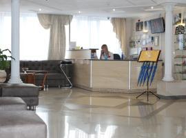 Paradise Hotel, Gomel