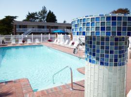 Breezeway Resort, Westerly