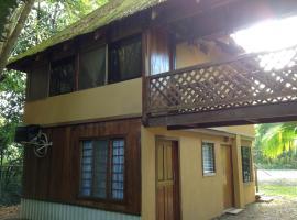 Villa Elinid, Cahuita