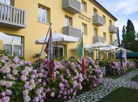 Viktoria Palace Hotel, Venedik-Lido (Isola della Certosa yakınında)