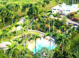 Charming Countryside Chalet - Adults only, Camú