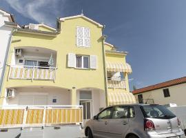 Apartment Ivana, Пореч (рядом с городом Mali Maj)