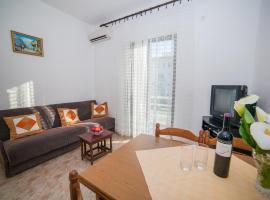 Apartments NJ, Petrovac na Moru