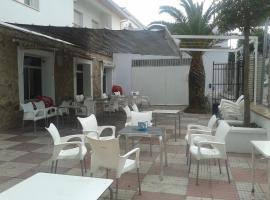 Hostal Naya, La Cumbre (Plasenzuela yakınında)