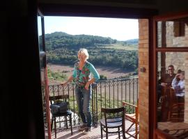 Can Sulo, Vallbona de les Monges (Passanant i Belltall yakınında)