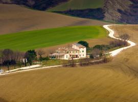 Le Maraclà Country House, Iesi