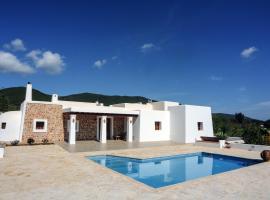 Villa Pins