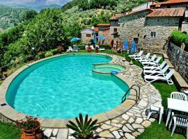 Villa Olivi, Giampierone (Momigno yakınında)