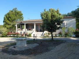 Chambre d'hôtes La Pinede, Lambesc