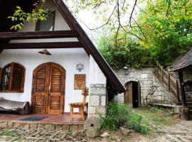 Myrtus Pince és Vendégház, Тарцаль