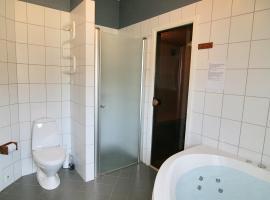 Three-Bedroom Holiday Home Vesten with a Sauna 06, Sønderho