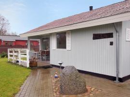 Two-Bedroom Holiday Home Strandvej 04, Tårup