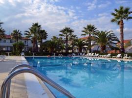 King's House Hotel Resort, Fondachello