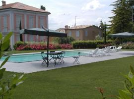 Borgo Sorbatti, Loro Piceno (Massa Fermana yakınında)