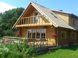 Willem Madise Villa Holiday Homes, Kaasiku (Kullamaa yakınında)