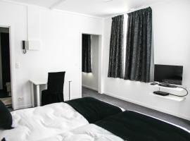 Hotel Tracotel Inn