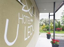 Hotel u Ledu, Velké Popovice