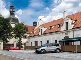 Olivův Pivovar, Dolní Břežany (Zlatníky yakınında)