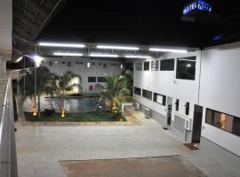 Maduga Palace Hotel, Valentim Gentil (Fernandópolis yakınında)