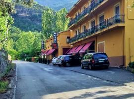 Hotel Casa Peix, Serraduy (Reperos yakınında)