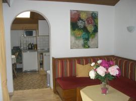 Haus Ebner, Vandans (Sankt Anton im Montafon yakınında)