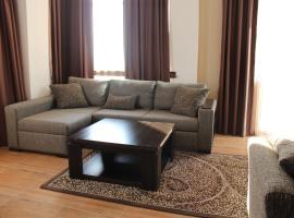 Apartment on Khimshiashvili 63