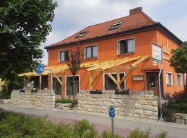 lukAs Restaurant Hotel Lounge Bar, Schwarzheide (Poley yakınında)