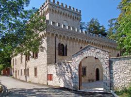 Villa Fontalba, Cagli (tuvumā vietai Acqualagna)