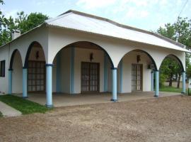 Isa Alojamientos, Villa Elisa (Gilbert yakınında)