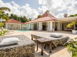 las cerezas 12 exclusive 3 bedroom villa, La Romana (Cajuiles yakınında)