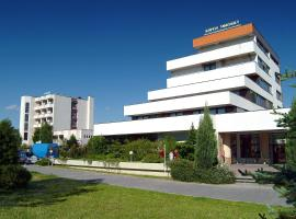 Hotel Central, Smrdáky
