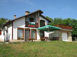 House Dar, Zaya (Dryanovo yakınında)