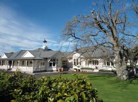Belfry Villa Bed & Breakfast, Carterton