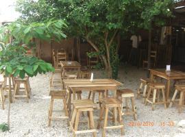 Le Jardin Secret Ouidah, Ouidah (рядом с регионом Bopa)