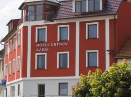 Hotel Ostrov Garni, Sadská (Miškovice yakınında)