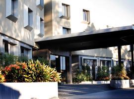 Golden Pebble Hotel, Wantirna (Bayswater yakınında)