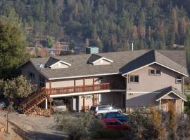 Yosemite Sierra View Bed & Breakfast