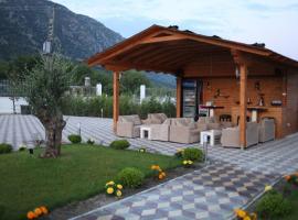 As Hotel, Velipojë (Barbullush yakınında)