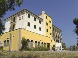 Hotel Sud, Fuscaldo (À proximité de: Paola)
