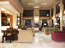 Hotel Pantheon, Пиргос